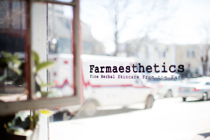 ::  a quick stop at Farmaesthetics  ::