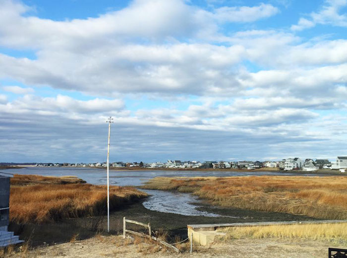 |  plum island adventures and a creative friday brunch at Mindy's  |